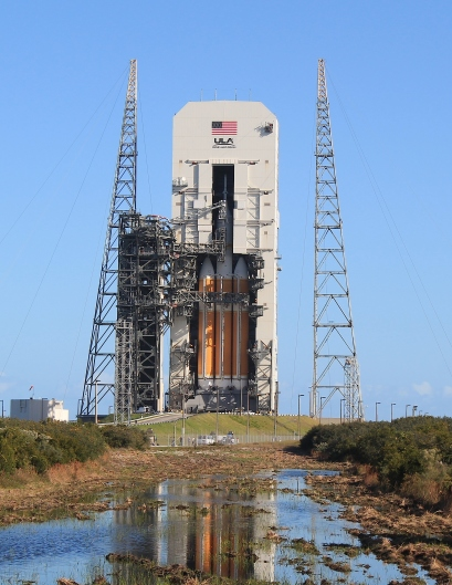 Orion and Delta IV Heavy Rocket ready for launch